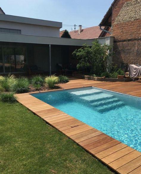 terrasse contour de piscine bois